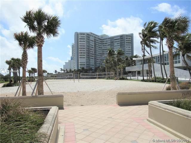 7135 Collins Ave #1811, Miami Beach, FL 33141 (MLS #A11041341) :: Compass FL LLC