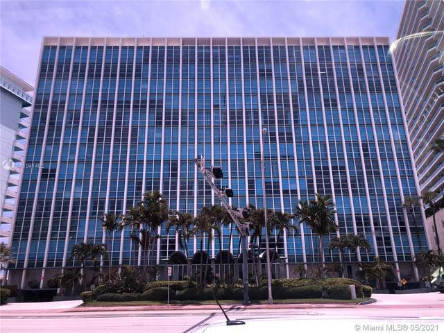 5055 Collins Ave 12G, Miami Beach, FL 33140 (MLS #A11041402) :: Lucido Global