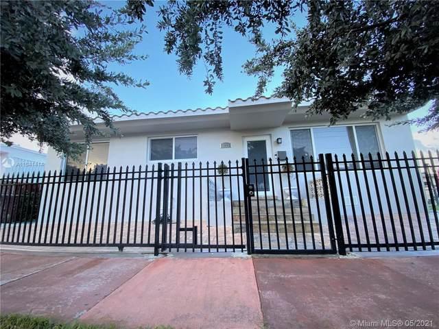 8225 Hawthorne Ave, Miami Beach, FL 33141 (MLS #A11041414) :: Team Citron
