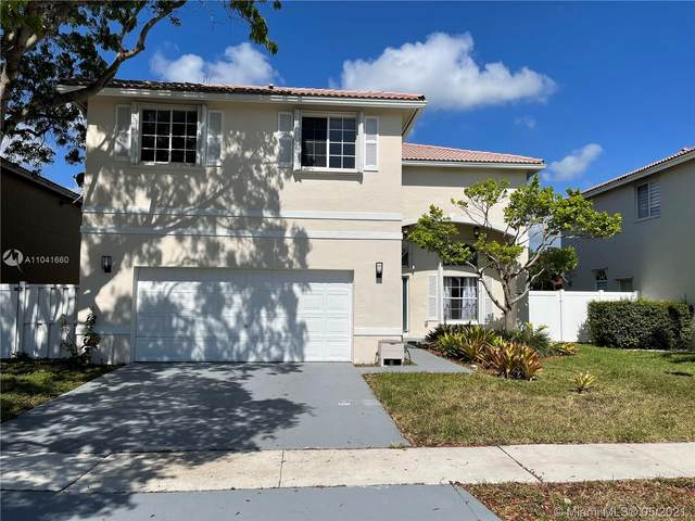 360 SW 190th Ave, Pembroke Pines, FL 33029 (MLS #A11041660) :: Castelli Real Estate Services