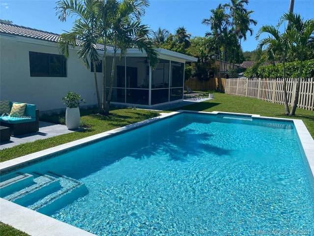 11504 NE 6th Ave, Biscayne Park, FL 33161 (MLS #A11042092) :: The Riley Smith Group