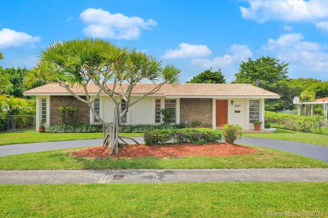 9980 SW 34th St, Miami, FL 33165 (MLS #A11042479) :: The Riley Smith Group