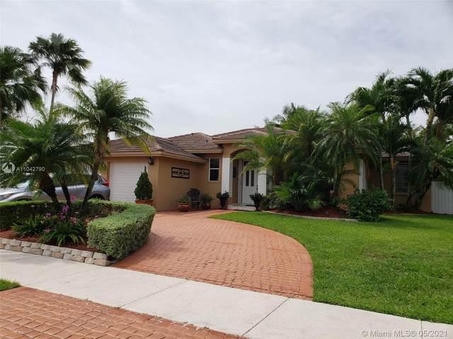 15442 SW 163rd St, Miami, FL 33187 (MLS #A11042790) :: Team Citron