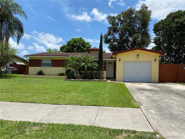 6770 SW 9th St, Pembroke Pines, FL 33023 (MLS #A11042981) :: KBiscayne Realty