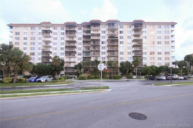 4164 Inverrary Dr #711, Lauderhill, FL 33319 (MLS #A11043121) :: The Rose Harris Group