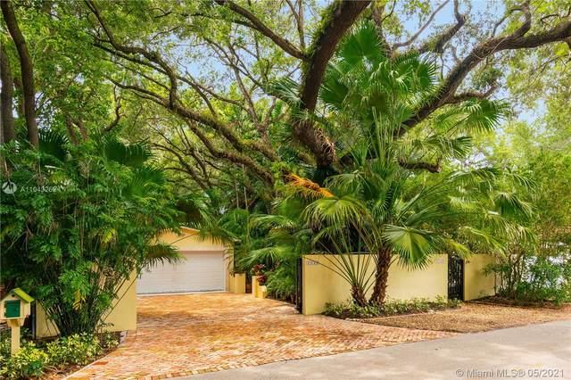 7220 SW 47 Av, Miami, FL 33143 (MLS #A11043252) :: Team Citron