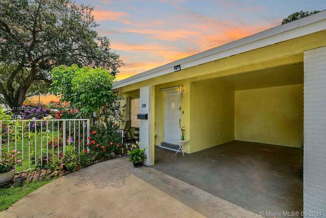 6610 Park St, Hollywood, FL 33024 (MLS #A11043320) :: Green Realty Properties