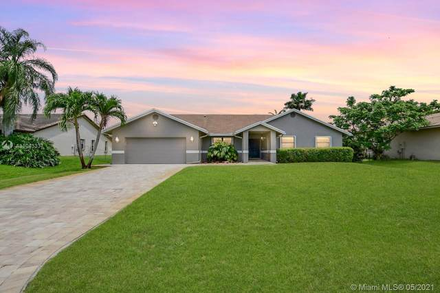 11901 NW 26th St, Plantation, FL 33323 (MLS #A11043337) :: Green Realty Properties