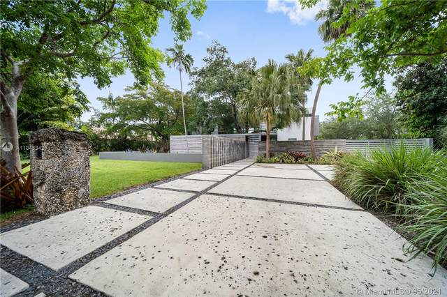 12625 SW 78th Ave, Pinecrest, FL 33156 (MLS #A11043342) :: The Riley Smith Group