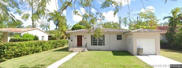 913 Wallace St, Coral Gables, FL 33134 (MLS #A11043463) :: The Riley Smith Group