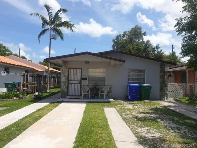 3440 SW 25th St, Miami, FL 33133 (MLS #A11043728) :: Equity Advisor Team