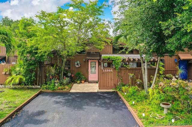 11344 SW 112th Circle Ln S, Miami, FL 33176 (MLS #A11043829) :: Carole Smith Real Estate Team