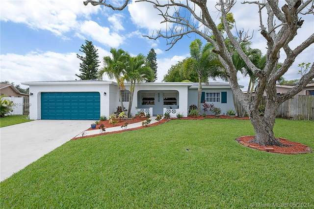 6924 NW 1st St, Margate, FL 33063 (MLS #A11044039) :: Castelli Real Estate Services
