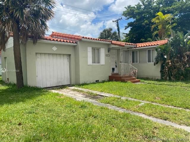 2001 SW 37th Ave, Miami, FL 33145 (MLS #A11044126) :: Team Citron