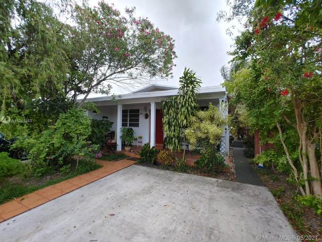 9320 SW 38th St, Miami, FL 33165 (MLS #A11044383) :: The Pearl Realty Group