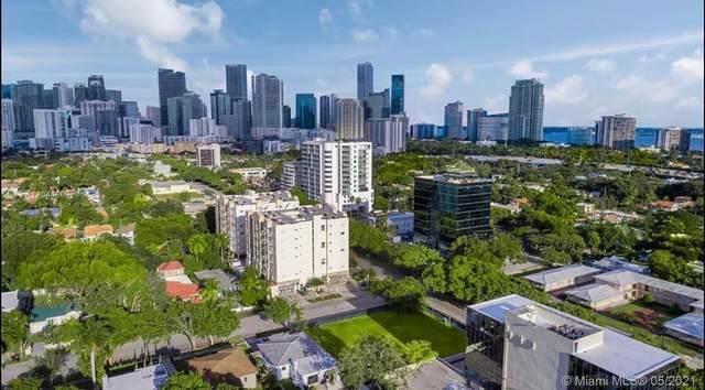 2200 SW 3rd Ave, Miami, FL 33129 (MLS #A11044803) :: Team Citron