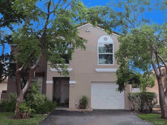 1533 Garden Rd, Weston, FL 33326 (MLS #A11045028) :: The Riley Smith Group