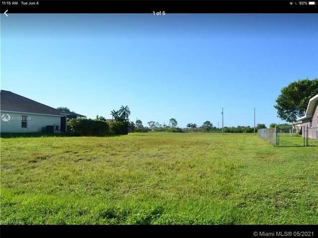 2301 NW 25TH LN, Cape Coral, FL 33993 (MLS #A11045146) :: Team Citron