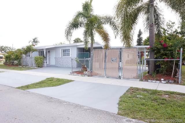 3520 SW 41st Ave, West Park, FL 33023 (MLS #A11045390) :: Team Citron