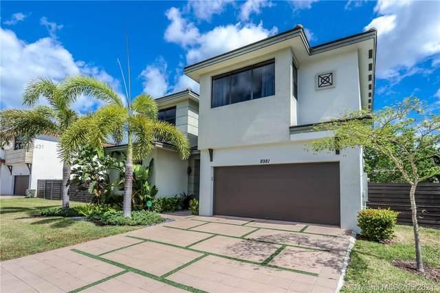 8981 NW 161st Ter, Miami Lakes, FL 33018 (MLS #A11045431) :: Berkshire Hathaway HomeServices EWM Realty
