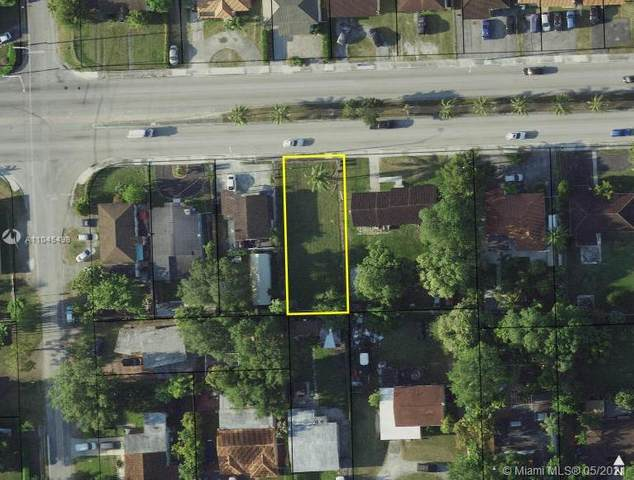 22 Coral Way, Miami, FL 33155 (MLS #A11045498) :: The Pearl Realty Group