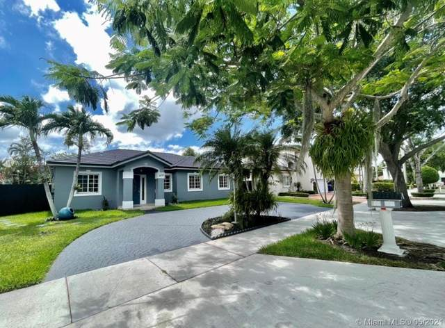 16756 NW 91st Ave, Miami Lakes, FL 33018 (MLS #A11045635) :: Rivas Vargas Group