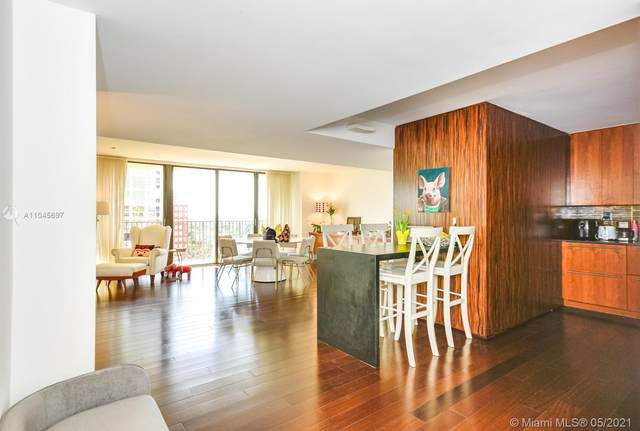 1450 Brickell Bay Dr #1907, Miami, FL 33131 (MLS #A11045697) :: The Rose Harris Group