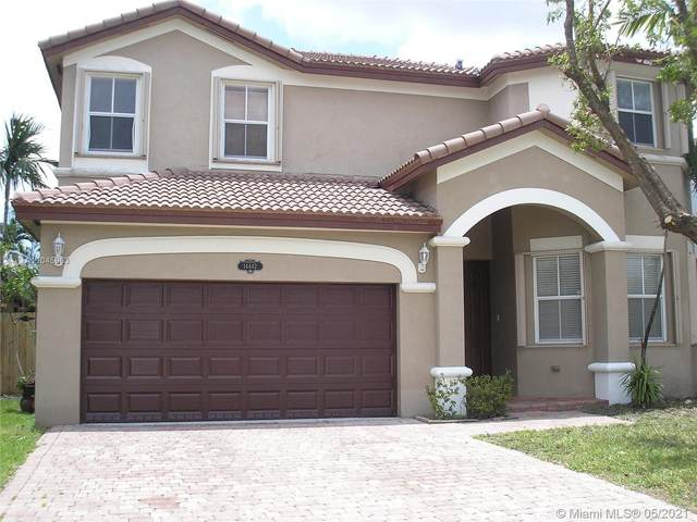 14442 SW 10th St, Miami, FL 33184 (MLS #A11045963) :: Team Citron