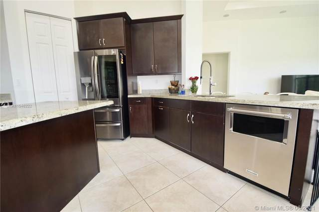 8386 NW 30th St, Cooper City, FL 33024 (MLS #A11046222) :: Search Broward Real Estate Team