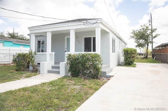 1923 NW 154th St, Miami Gardens, FL 33054 (MLS #A11046365) :: Equity Advisor Team