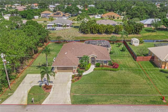 121 SW Saratoga Ave, Port Saint Lucie, FL 34953 (MLS #A11046398) :: The Riley Smith Group