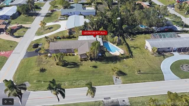 18590 SW 87th Ave, Cutler Bay, FL 33157 (MLS #A11046660) :: Team Citron