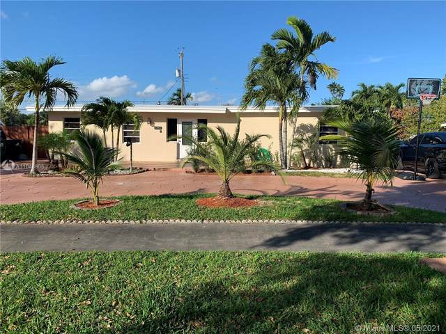 10905 SW 52nd Dr, Miami, FL 33165 (MLS #A11046805) :: Equity Advisor Team