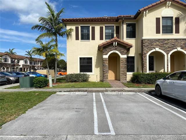 3203 SE 6th St #3203, Homestead, FL 33033 (MLS #A11046938) :: The Riley Smith Group