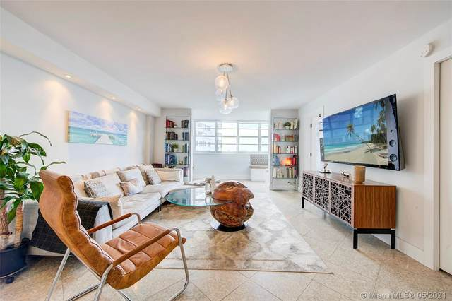 5 Island Ave 8A, Miami Beach, FL 33139 (MLS #A11047011) :: The Howland Group