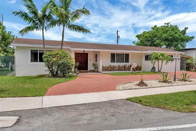 8675 SW 30th St, Miami, FL 33155 (MLS #A11047091) :: Team Citron