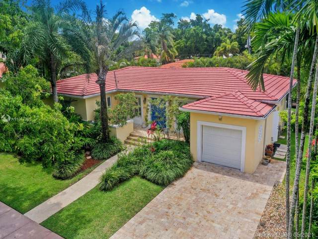 1526 Certosa Ave, Coral Gables, FL 33146 (MLS #A11047293) :: Team Citron
