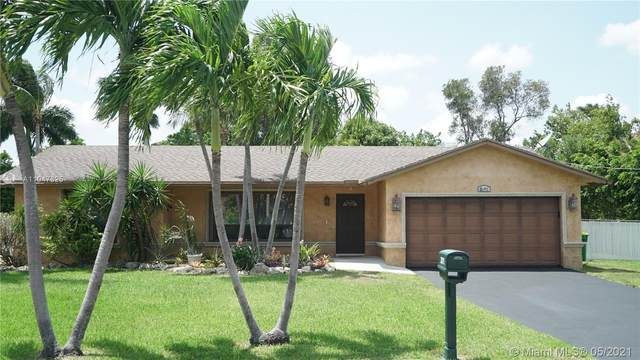 2171 NW 122nd Ave, Plantation, FL 33323 (MLS #A11047325) :: Douglas Elliman