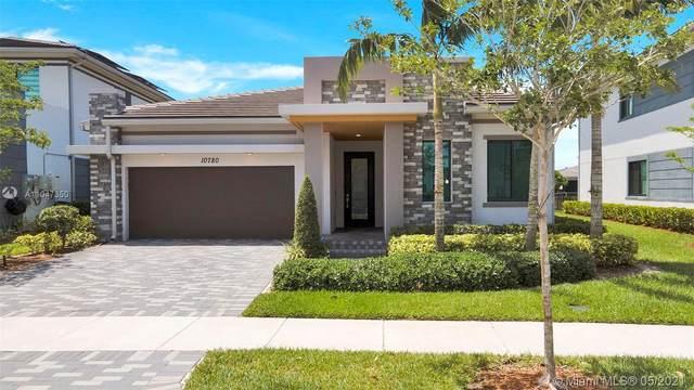 10780 Windward St, Parkland, FL 33076 (MLS #A11047350) :: Team Citron