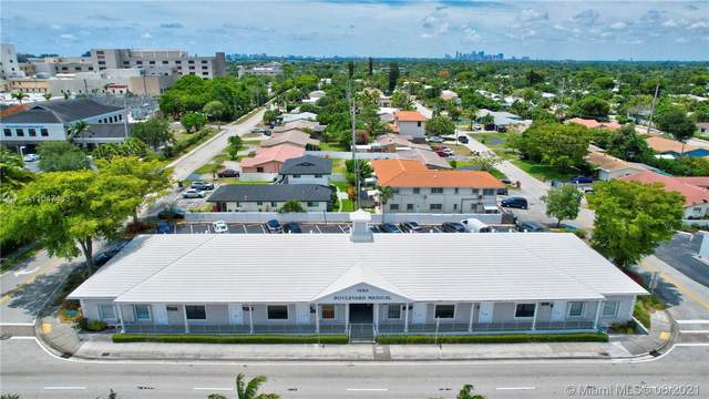 1880 E Commercial Blvd, Fort Lauderdale, FL 33308 (MLS #A11047433) :: The Jack Coden Group