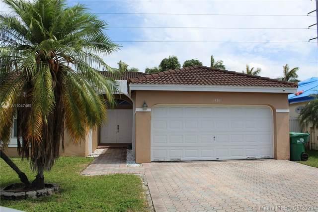 14381 SW 160th Ter, Miami, FL 33177 (MLS #A11047469) :: Team Citron