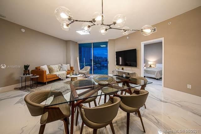 17111 Biscayne Blvd #403, North Miami Beach, FL 33160 (#A11047514) :: Posh Properties