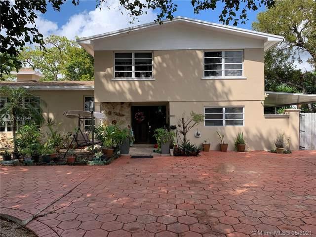 10833 SW 161st St, Miami, FL 33157 (MLS #A11047544) :: Team Citron