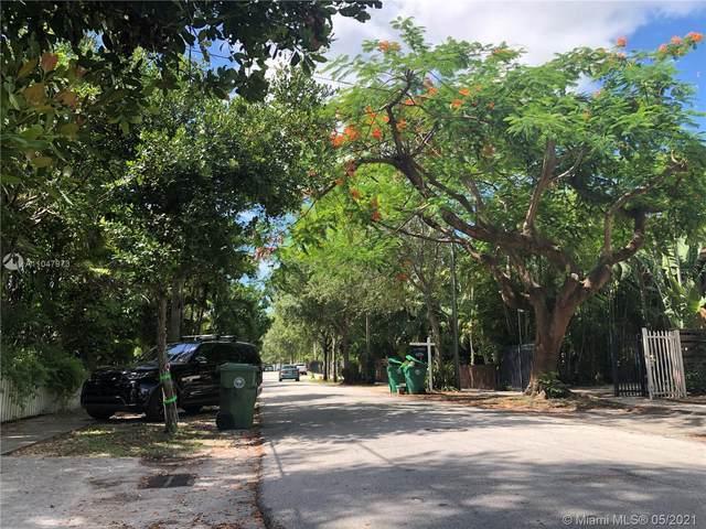 2923 SW 30th Ct, Miami, FL 33133 (MLS #A11047973) :: Team Citron