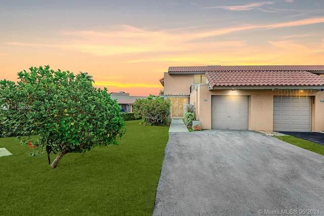 716 NE 206th Ter, Miami, FL 33179 (MLS #A11048000) :: Green Realty Properties