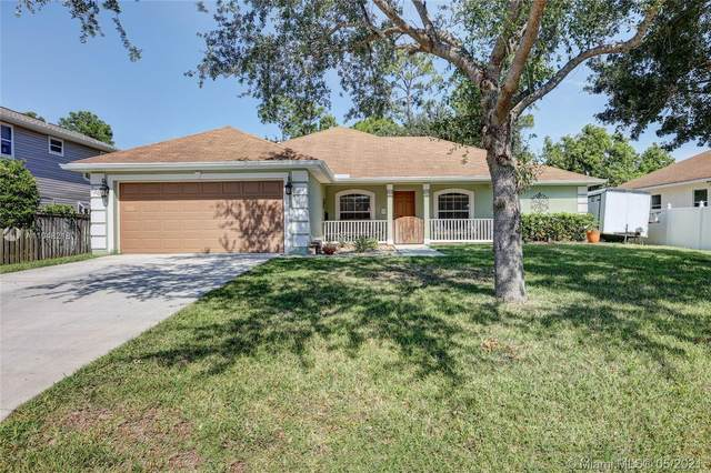 2262 SW Nightingale Ter, Port Saint Lucie, FL 34953 (MLS #A11048218) :: The Riley Smith Group