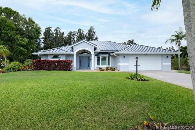 422 SE Ashley Oaks Way, Stuart, FL 34997 (MLS #A11048352) :: The Riley Smith Group