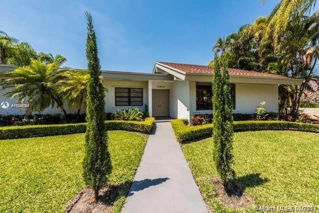 16800 SW 83rd Ave, Palmetto Bay, FL 33157 (MLS #A11048366) :: Berkshire Hathaway HomeServices EWM Realty