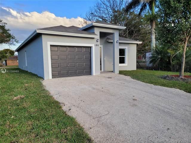 186 Annona Ave, Pahokee, FL 33476 (MLS #A11048463) :: Team Citron