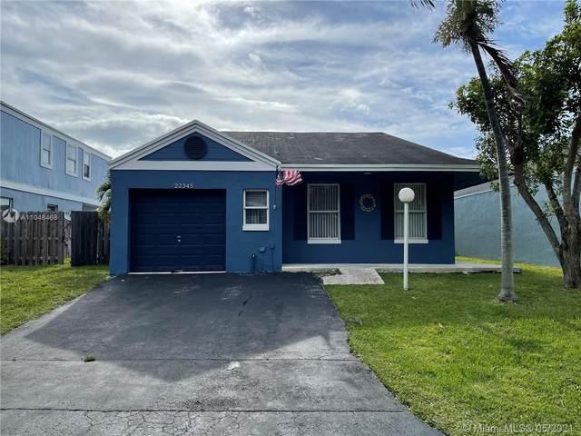 22345 SW 100th Ave, Cutler Bay, FL 33190 (MLS #A11048468) :: Team Citron